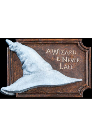 Lord of the Rings Magnet A Wizard Is Never Late